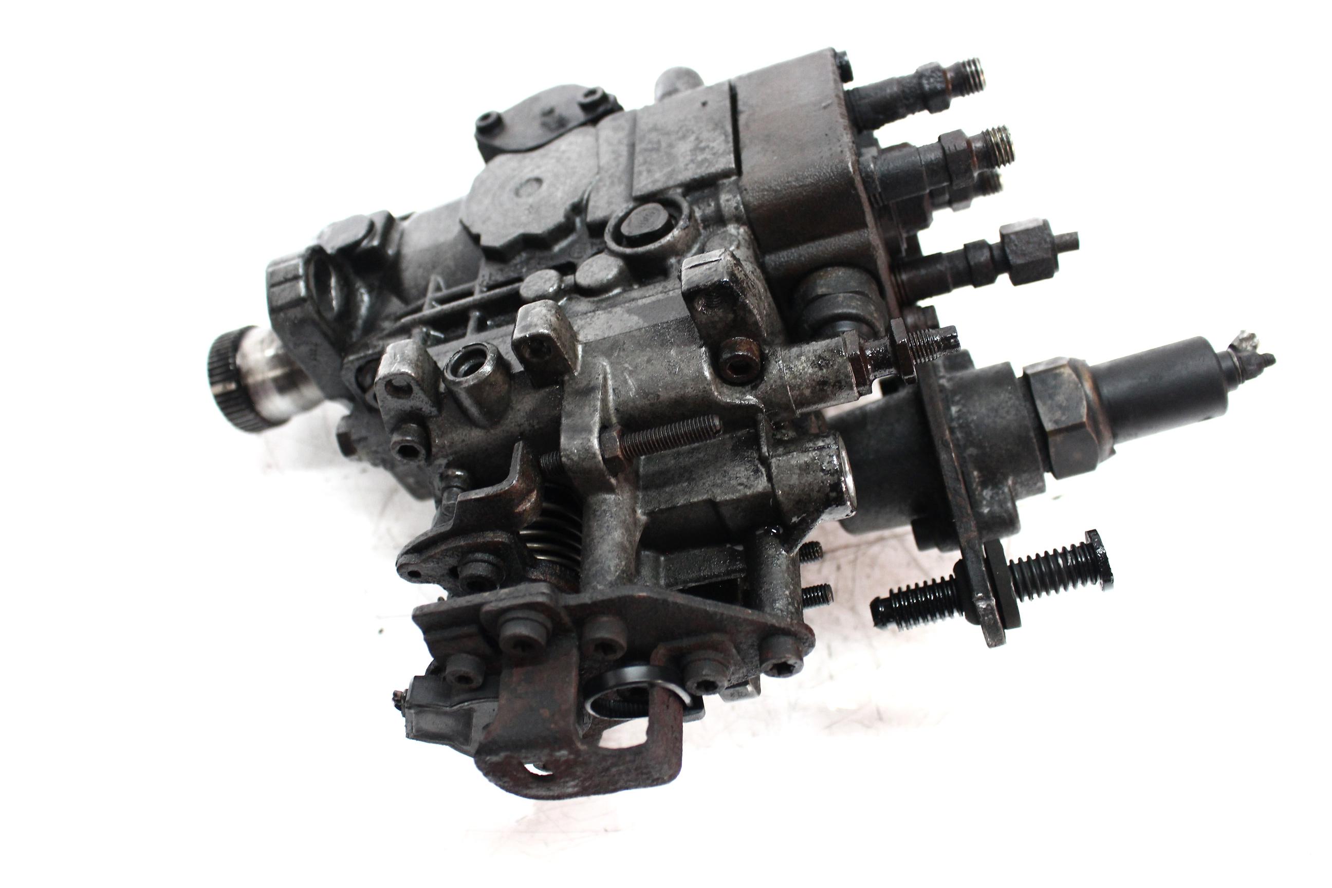 Hochdruckpumpe Opel Renault 2,5 D S8U772 S8U 0460404096 DE321796