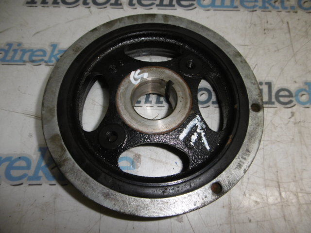 Riemenscheibe Toyota Avensis T25 2,0 D-4D 1AD-FTV 13408-0R030