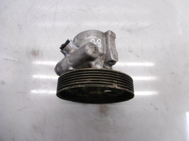 Pompe servo Citroen Peugeot C5 Xantia Xsara 2,0 HDi RHY DW10TD 9636320580
