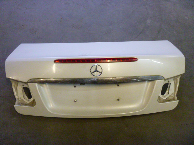 Maletero / Portón Trasero Mercedes Benz E-Klasse C207 E 350 3,5 CGI 272.984
