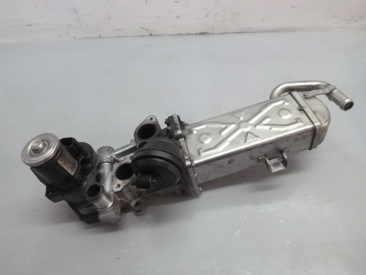Abgaskühler Audi Seat Skoda 2,0 TDI CFG CFGB CFGC CFGD 06L131512C DE276548
