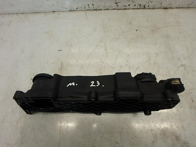Ventildeckel Citroen Peugeot C4 HDi 9HY DV6TED4 9651815680 DE150336
