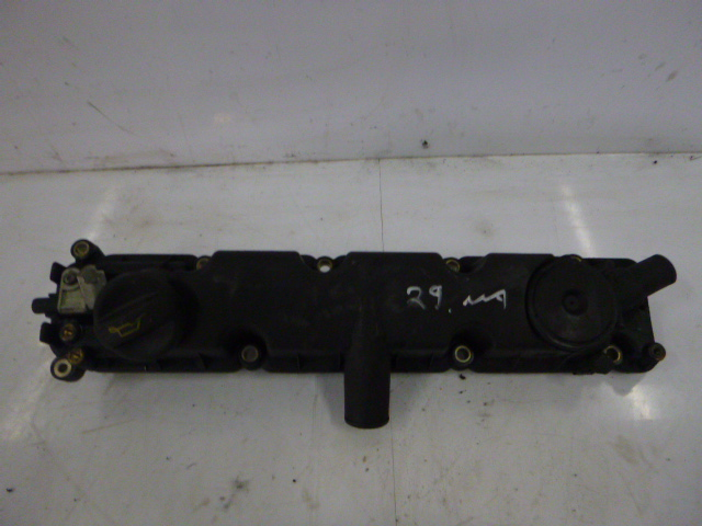 Ventildeckel Citroen Peugeot Xsara HDi RHY DW10TD 9630142180 DE139995