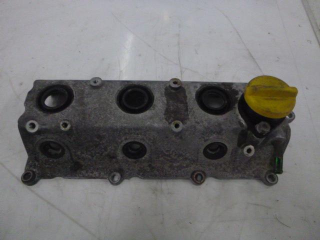 Ventildeckel Opel Signum Vectra C 3,0 CDTI V6 177 PS Y30DT links