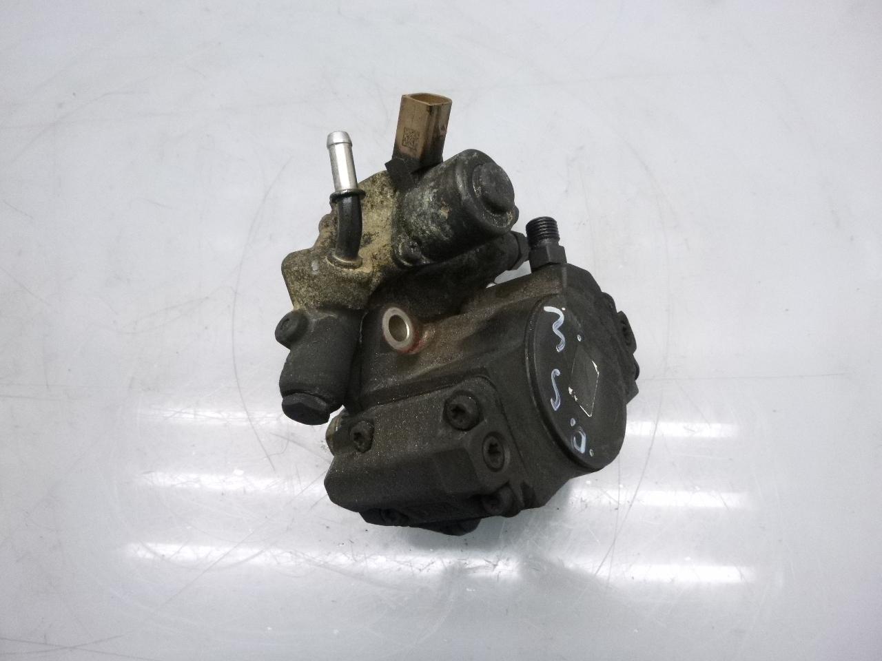 Hochdruckpumpe Defekt Mercedes Benz A 220 CLA 2,2 CDI 651.930 Brandschaden