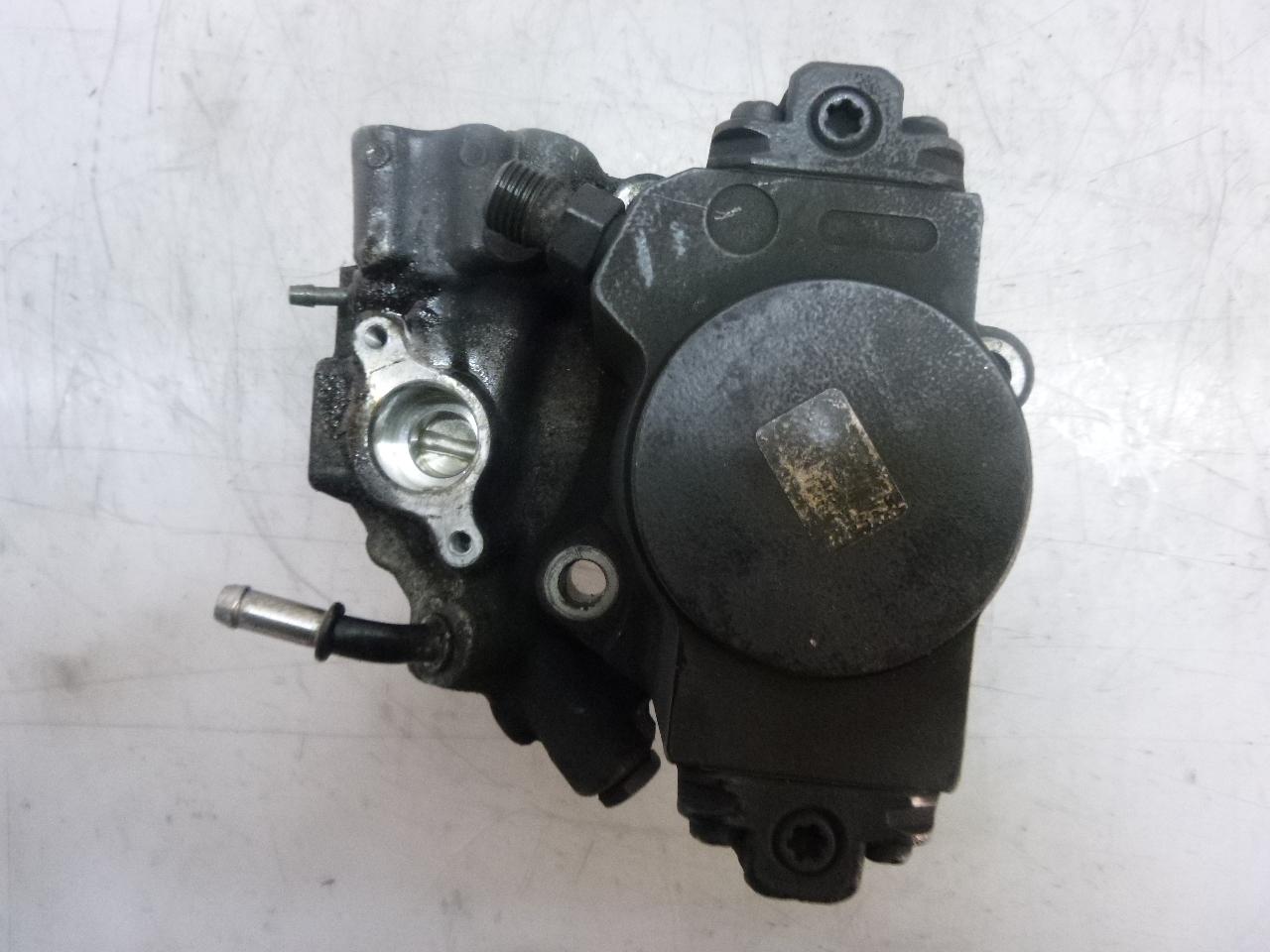 Hochdruckpumpe Defekt 651.911 C207 E250 C220 C250 2,2 CDI Brandschaden