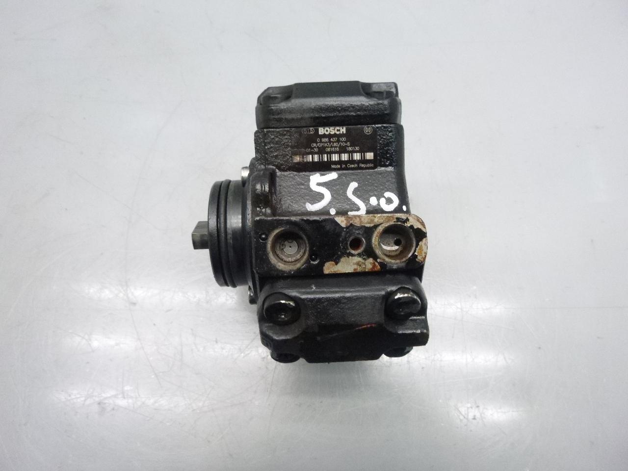 Hochdruckpumpe Mercedes Benz Sprinter 901 902 903 904 2,2 CDI 611.981 0986437100