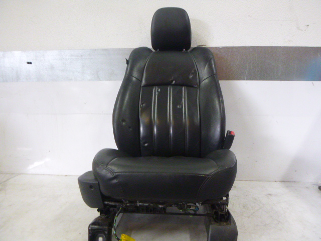 Seat Chrysler 300 LX 3.0 V6 EXL 642.980 DE171553