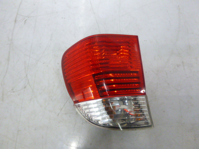 Feu arrière BMW 5er E39 530 i 3,0 M54B30 306S3 2496339 FR175030