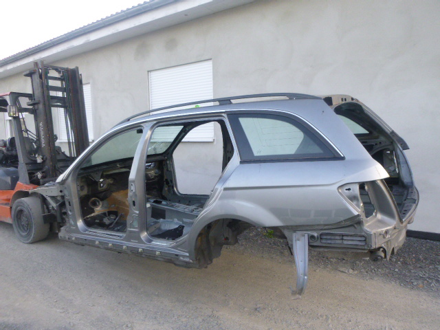2010 body Body accident car Mercedes Benz C220 S204 2.2 CDI 651.911