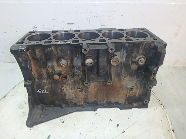 Engine block Land Rover Discovery 2 2.5 Td5 15P 16P DE155550