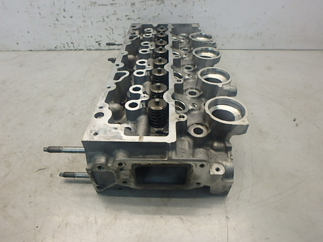 Zylinderkopf Mazda Ford 2 DY Fiesta 5 V Fusion JU 1,4 TDCi F6JA DE156549