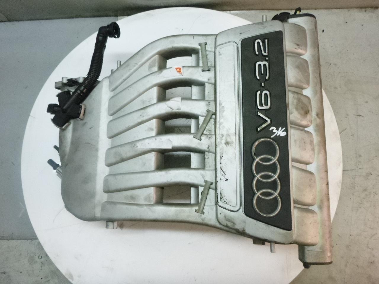 Ansaugbrücke Audi A3 8P 3,2 V6 quattro BDB 022133233G