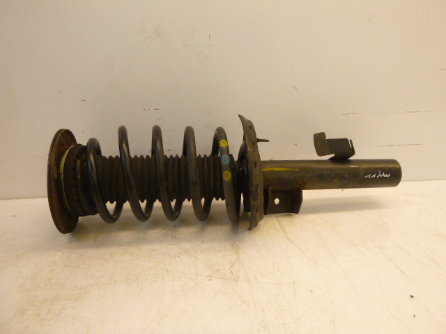 Suspension strut Volvo V70 III BW D5 2,4 Diesel D5244T4 31212509 EN195479
