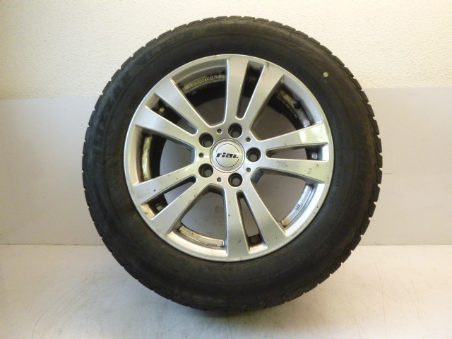 Wheel winter tyres Mercedes E-class are 1.8 271.860 225/55R16 2014 DE196990
