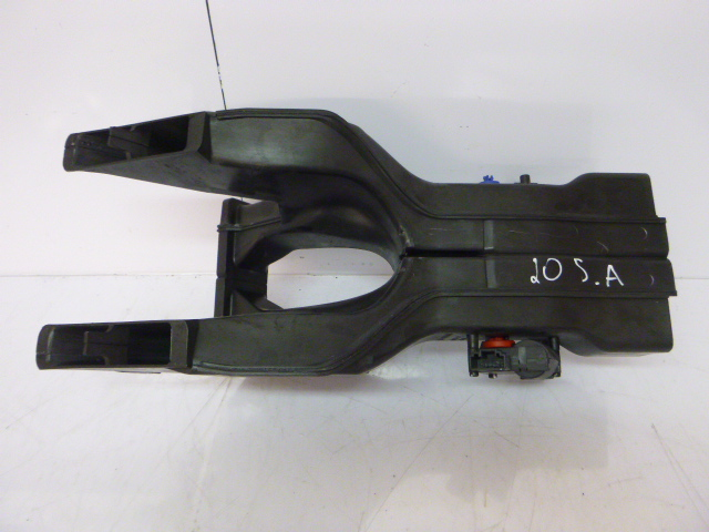 Conduit d'air Audi A8 4E S8 5,2 FSI V10 BSM 4E0857473B Luftverteilergehäuse