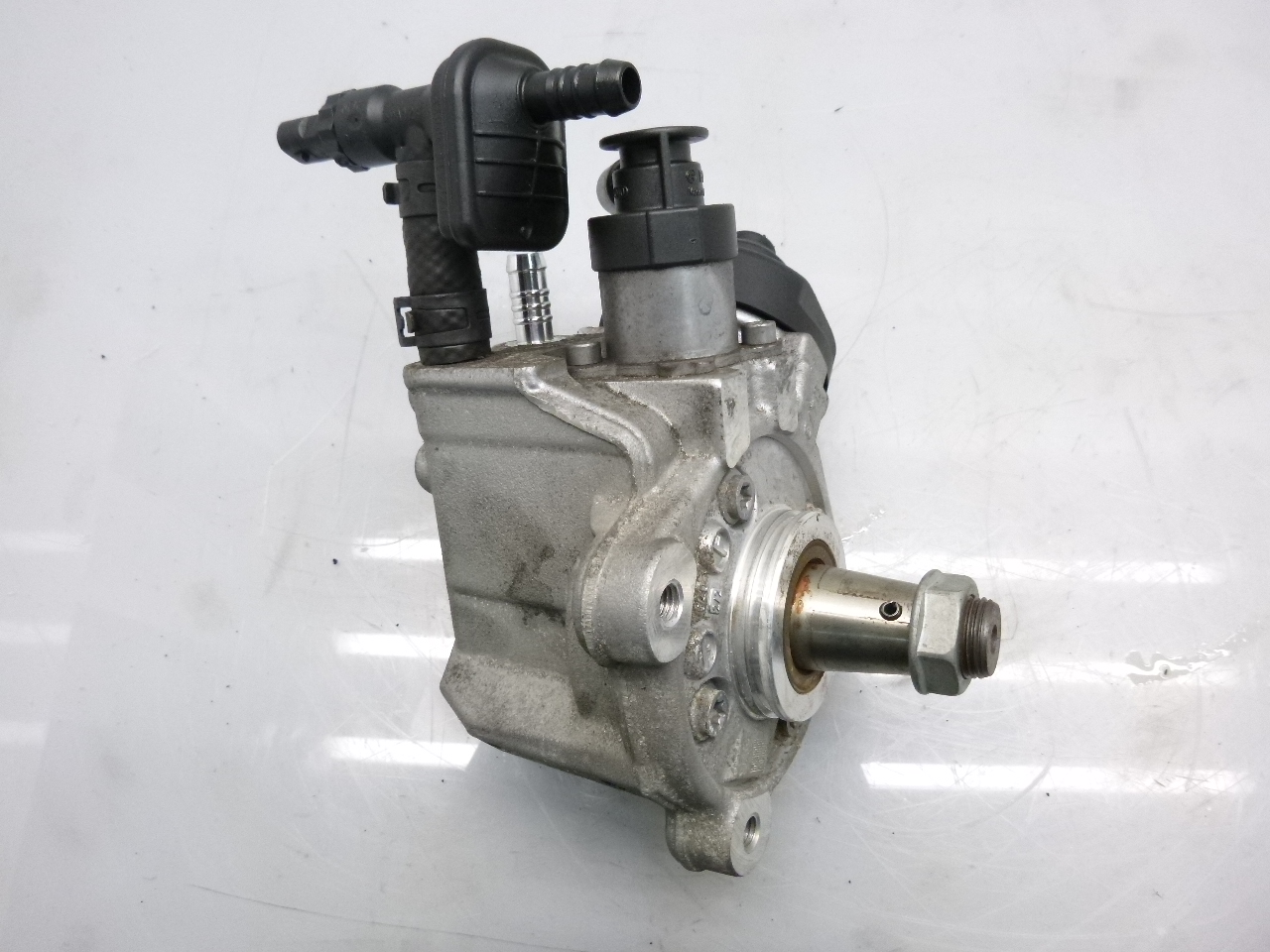 Hochdruckpumpe VW Crafter 30-35 30-50 2,0 TDI CKU CKUB CKUC 03D