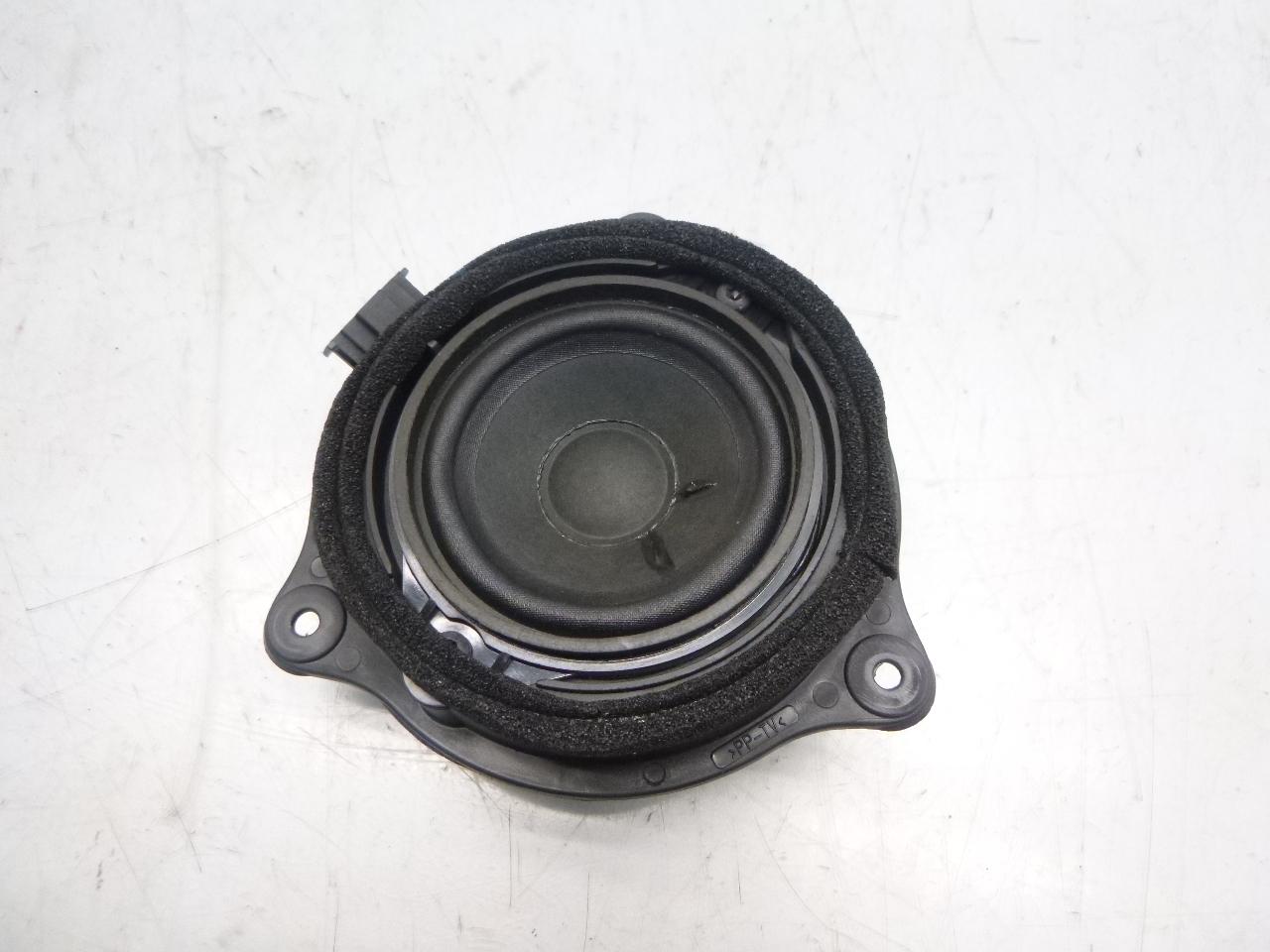 Lautsprecher Audi A6 S6 4F 5,2 BXA DE237476