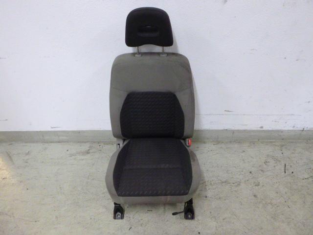 Sitz für Nissan X-Trail 2,2 dCi Diesel 100 KW YD22DDTI Beifahrer DE207604