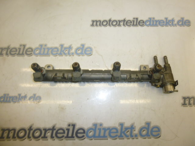 Rail d'injecteurs VW Skoda Seat Leon 1M Toledo Octavia Golf 1,4 AXP 036133319AA