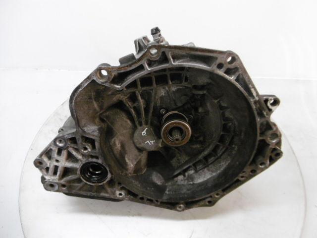 Caja de cambios Opel Corsa 1,2 Z12XEP 90400209 F13 C395