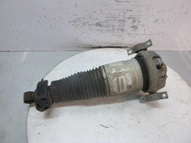 Suspension strut VW Touareg 7L 2,5 R5 TDI BAC 7L6512021AG EN266107