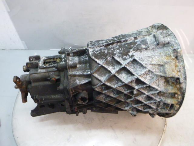 Getriebe Schaltgetriebe Defekt Mercedes 2,2 CDI 651.911 Brandschaden DE284026