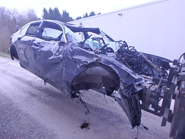 In 2005 car bodywork accident car BMW 760 i li 6.0 N73B60A WBAHL01030DD66147
