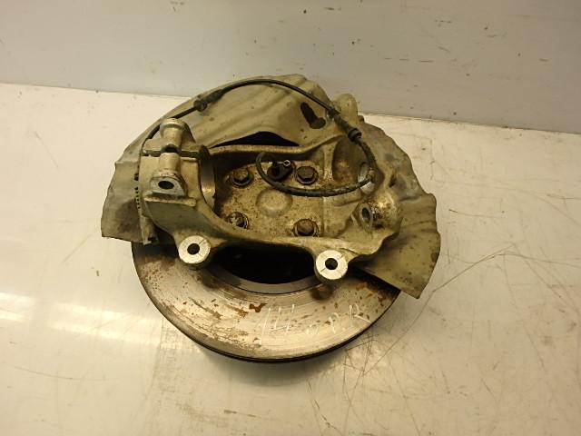 Wheel hub BMW 7 er E65 745i 4,5 Benzin N62B44A EN186372