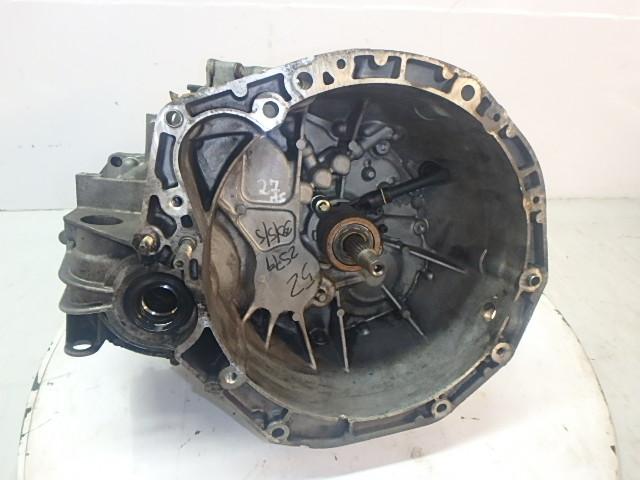 Getriebe Schaltgetriebe Renault Megane dCi Diesel F9Q800 8200361232 DE191984