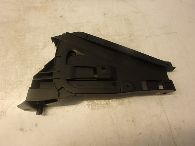 Gurt Sicherheitsgurt Volvo V70 III BW D5 2,4 Diesel D5244T4 Abdeckung DE194987