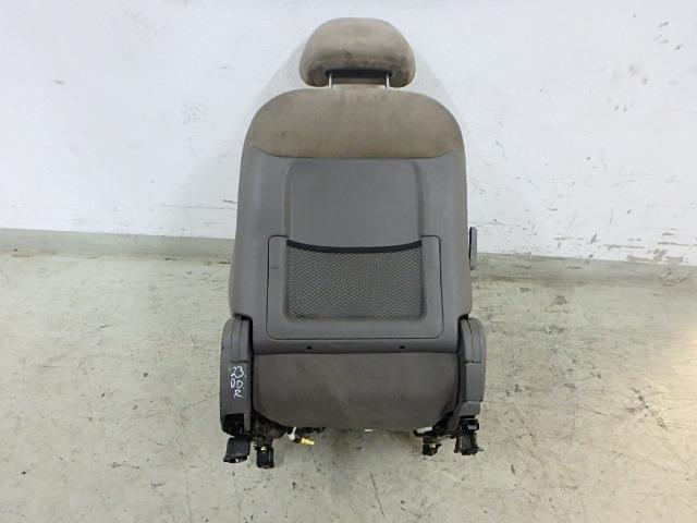 Sitz Hyundai Santa Fe SM 2,4 16V G4JS-G Vorne Links DE218406