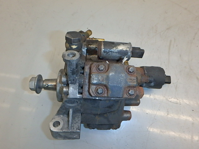 Pompe haute pression Nissan Qashqai II +2 1,5 dCi K9K430 5WS4-40565
