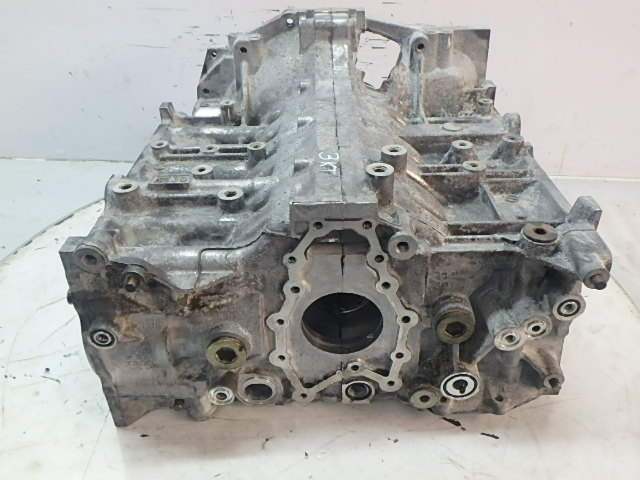 Engine block for Subaru Legacy IV Tribeca's 3.0 petrol EZ30R DE127378