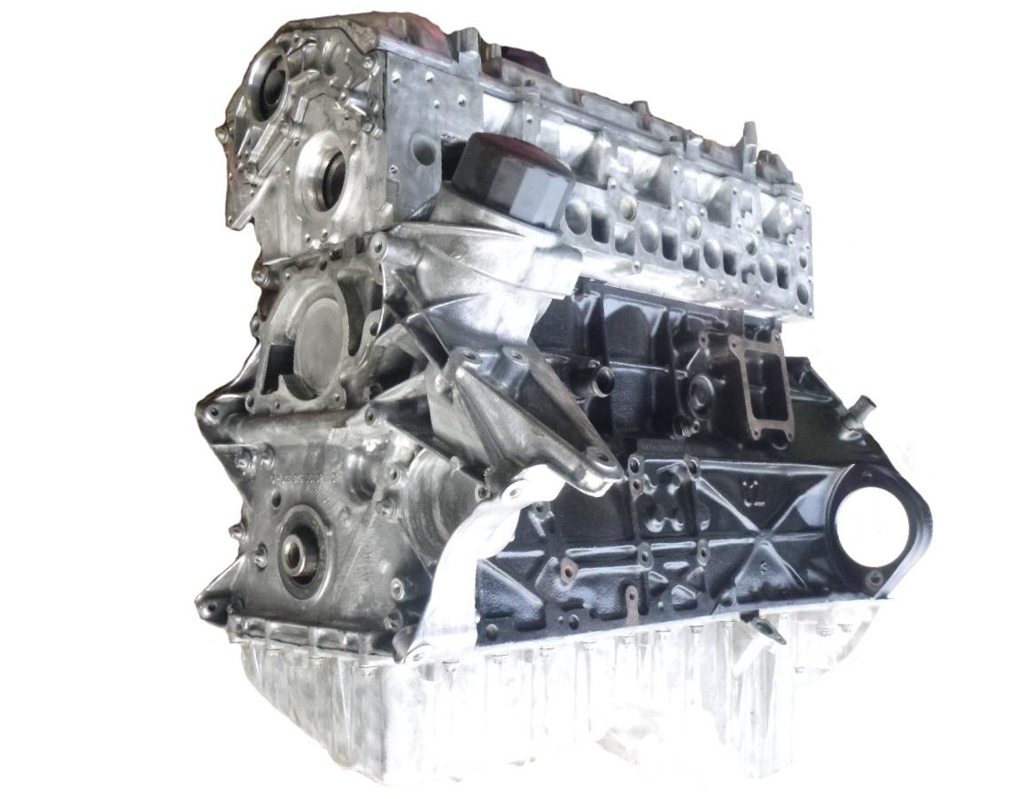 Motor Zylinderkopf geplant Kopfdichtung NEU Mercedes E-Klasse 2,7 CDI 647.961