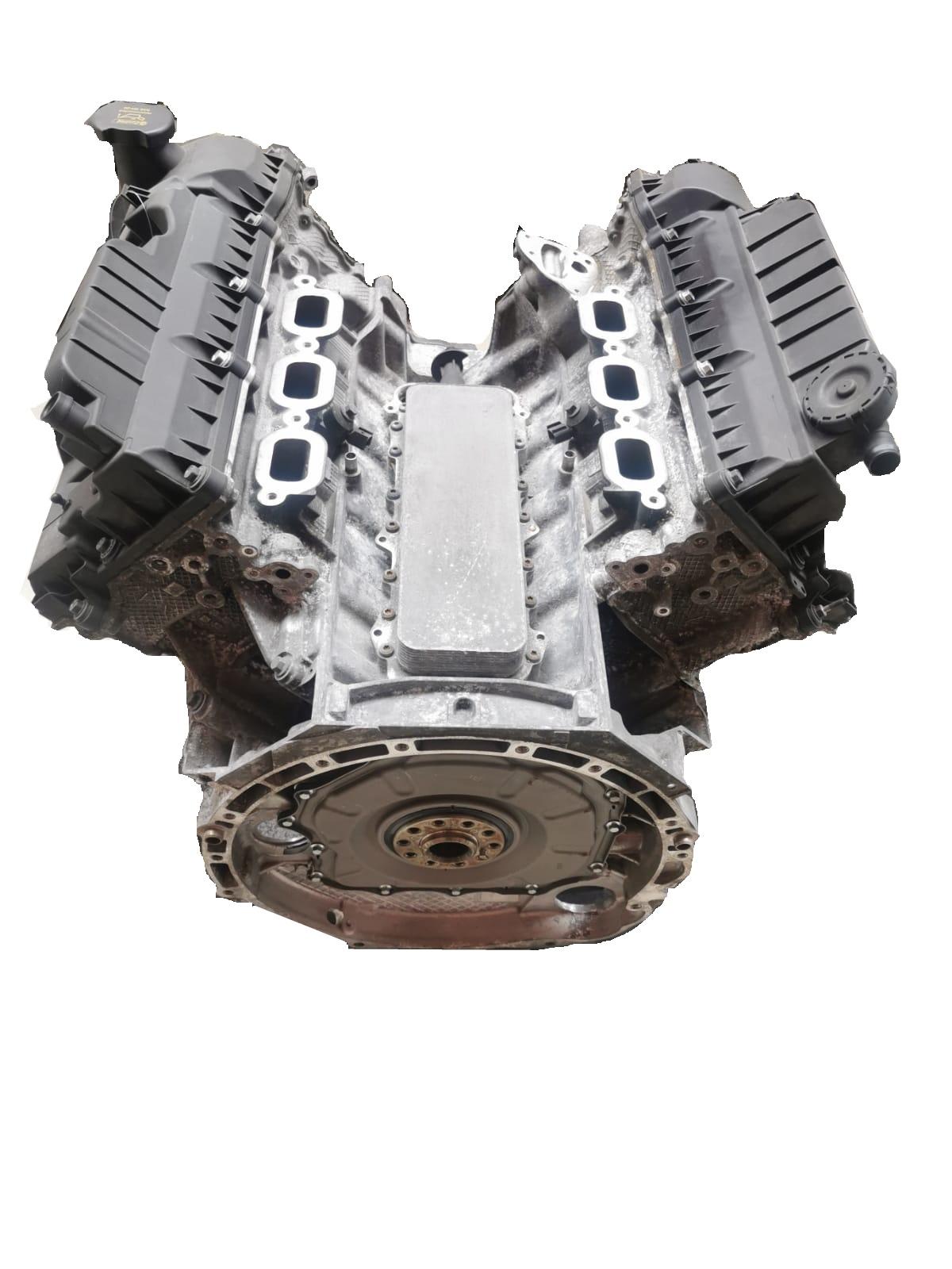 Motor 2016 Jaguar F-Pace X761 3,0 SCV6 AWD 306PS 340 PS