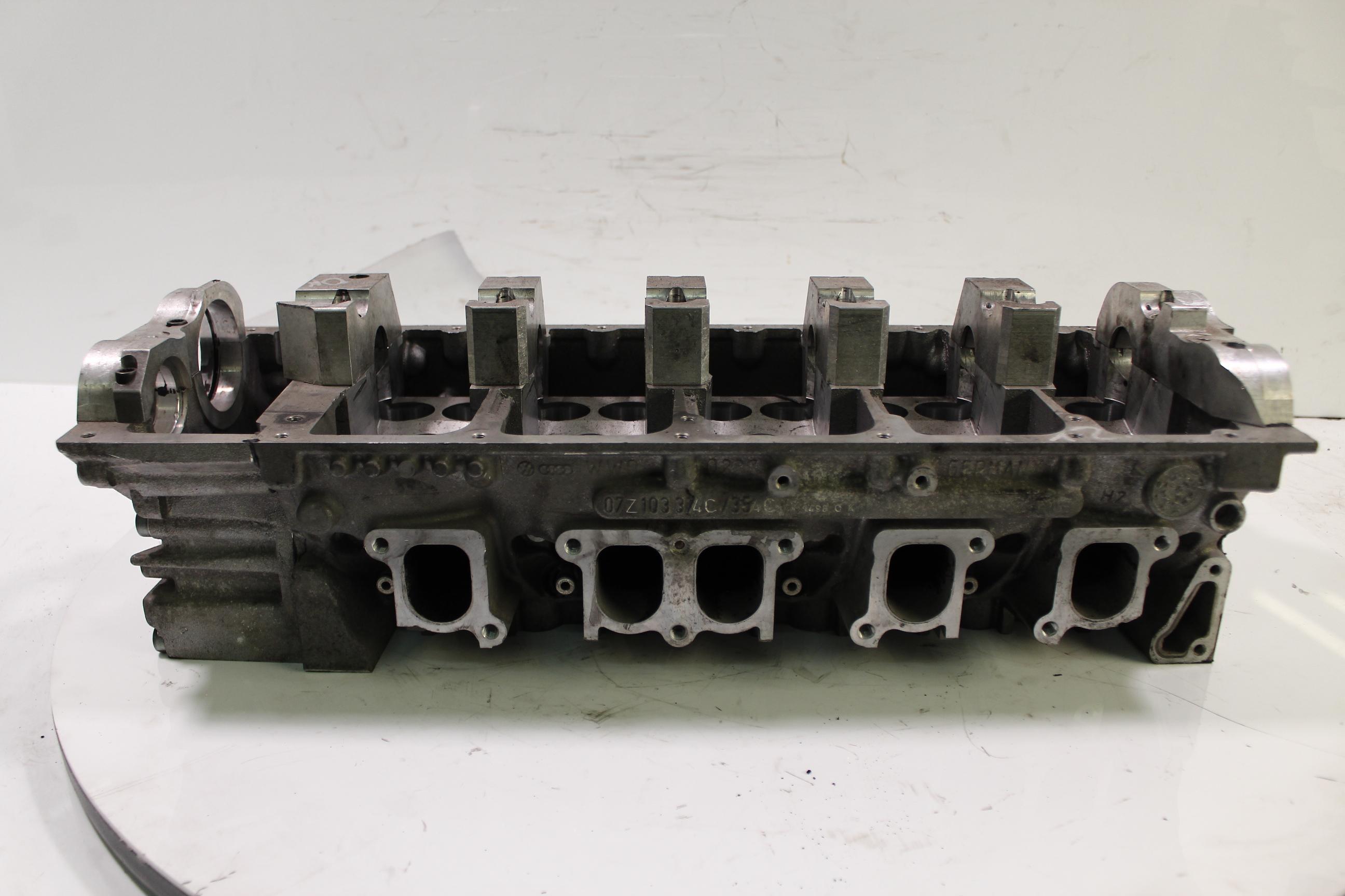 Zylinderkopf VW Touareg 7LA 5,0 V10 Diesel TDI BLE DE278384