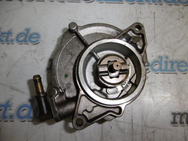 Unterdruckpumpe Audi A4 A5 Avant 2,7 TDI Diesel CAMA 140 KW 190 PS 057145100AF